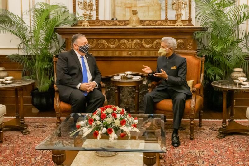 अमेरिकी विदेश मन्त्री पोम्पेओ भारतमा